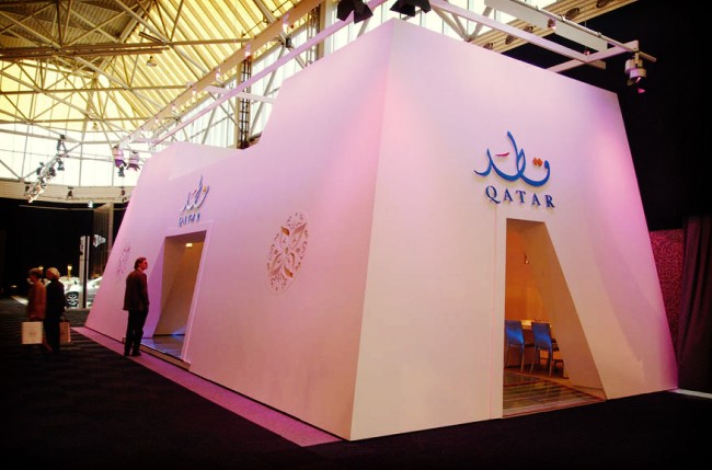 2_2D_design_space_stand_qatar_london_WTM_branding